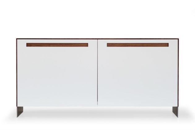KT236 Sideboard mit Schiebetüren, Nussbaum geölt, Fronten Lack weiß