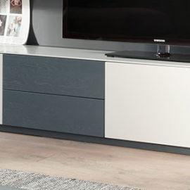 KT224 Lowboard Lack weiß, Schubkästen Eiche graublau lackiert
